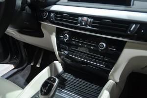 car-607933_640