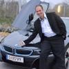 おお!BMW i8 発見!イオンで…