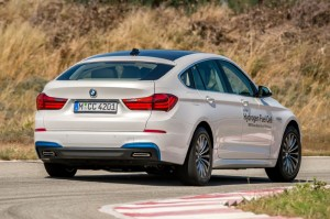 bmw-5-series-gt-hydrogen-fuel-cell-prototype-rear-three-quarter-in-motion-06