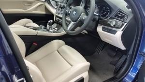 BMW 523d interior 03